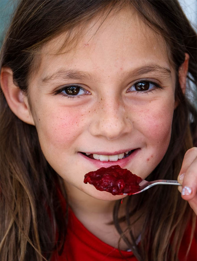 Freshly made cranberry sauce is both sour and sweet, kids even love the taste!