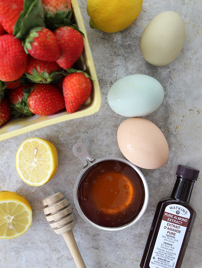 Strawberry Soufflé is made with 5 healthy ingredients.