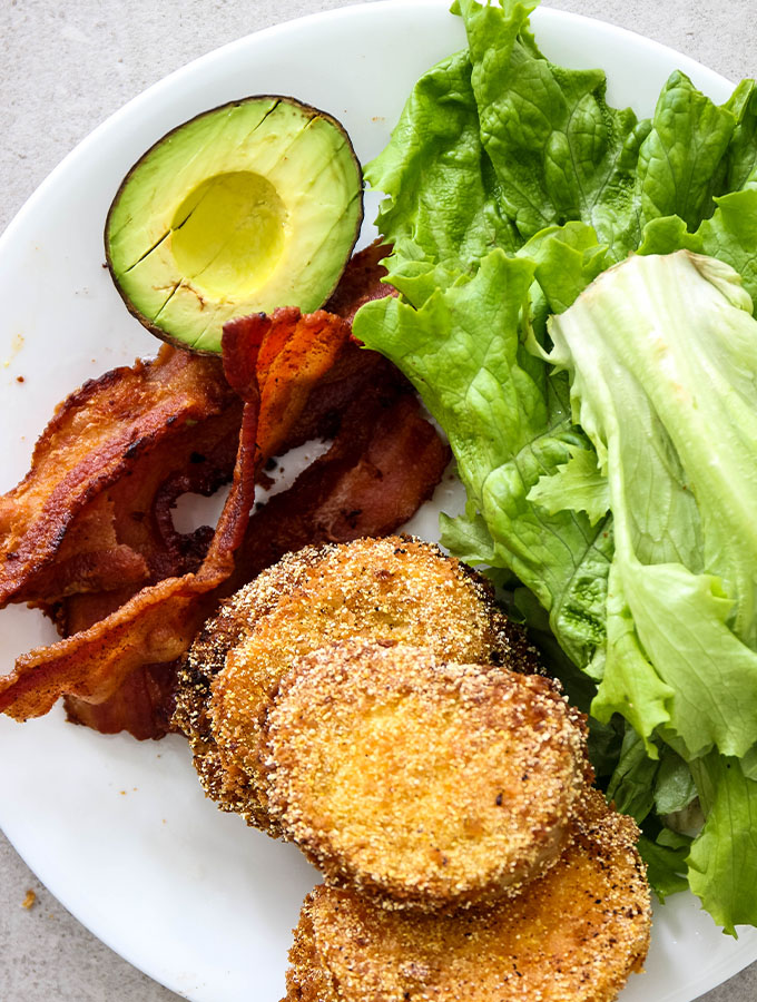 Fried green tomato BLT ingredients are displayed individually.
