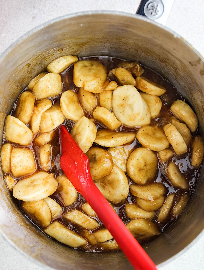 Banana foster is made in under ten minutes in one pan.
